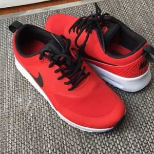 Nike Air Max Thea women's shoes size 5.5 Red